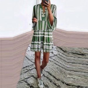 Dresses & Skirts - 5⭐️Fave!! The Alpine dress in Moss